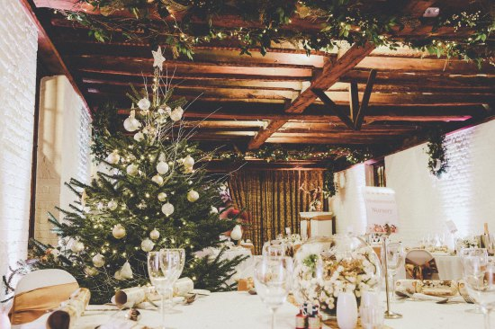 Tudor Barn Christmas Gift Voucher - £120
